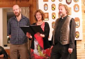 Svalbard Kirkes Trio besørger vakker julesang på øde øyer