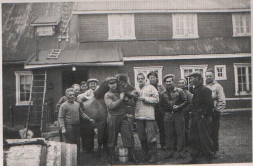 Stasjonsbesetningen på Tunheim. Ca 1931.