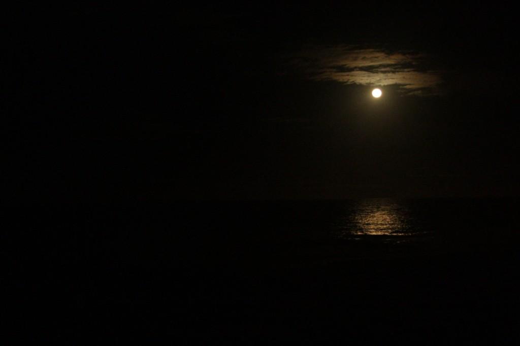 Ingen bilder jeg tok kan rettferdiggjøre opplevelsen av havet og månen.
