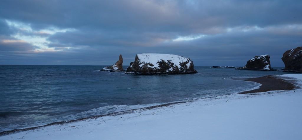 Russehamna. Til venstre for bildet ligger Steinkjerholmane.